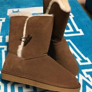 Ralph Lauren Tan Toggle Boots